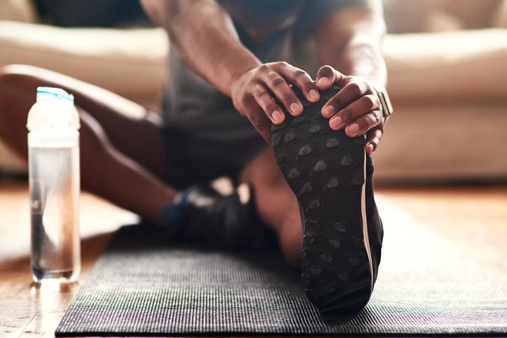 آیا ورزش می تواند بدن شما را کم آب کند ؟  سینامگ
